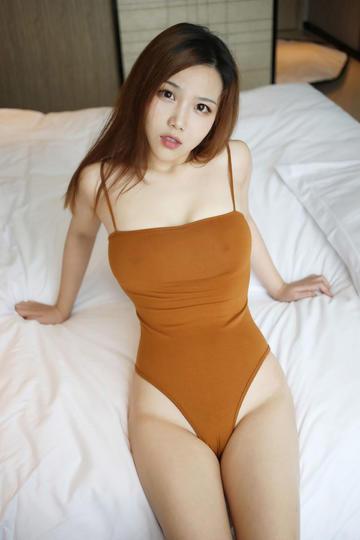 内衣美女模特诱惑写真照