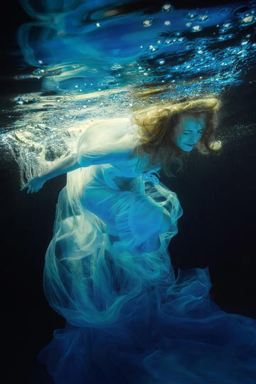 国外大师水下艺术摄景作品欣赏