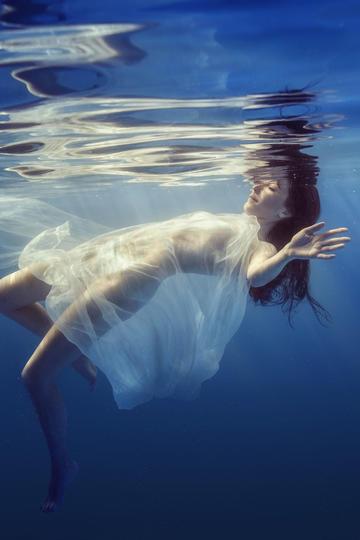 水中艺术摄影高清大图