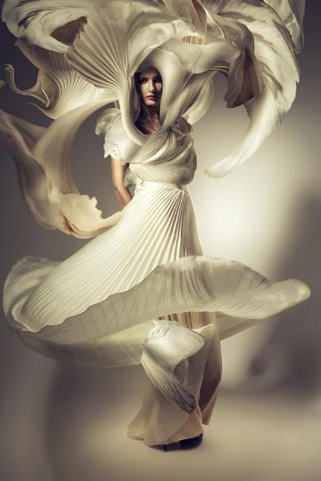 百褶裙飞起来国外商业摄影作品