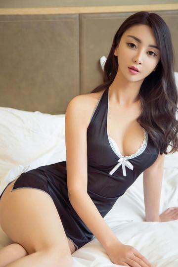穿性感情趣内衣美女模特高清写真