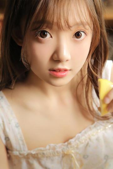 日本学生妹小美女图片