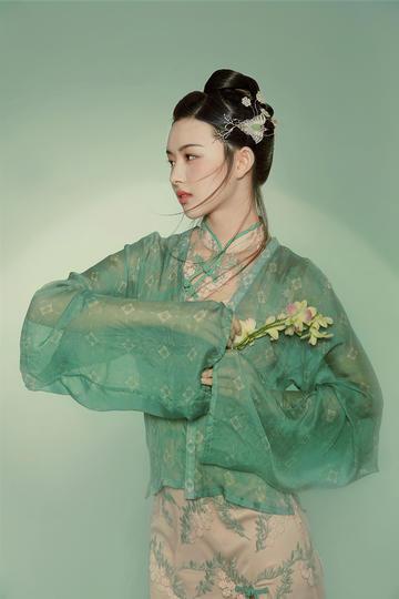 古装美女艺术写真摄影图片