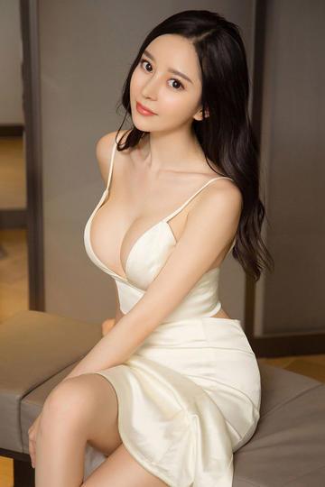 极品性感美女女神穿吊带裙高清图片