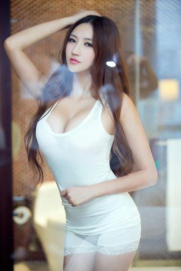 超高清极品性感丰满美女图片