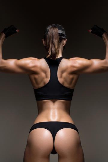 美女健身翘臀图片