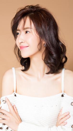 气质美女李悦溪高清图片
