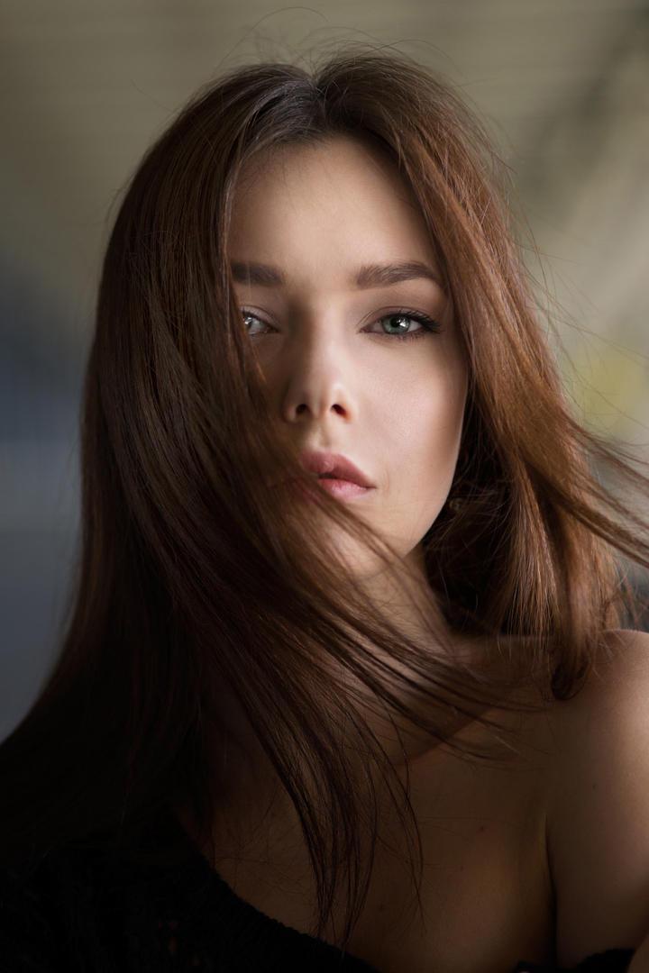 欧美美女模特艺术写真图片