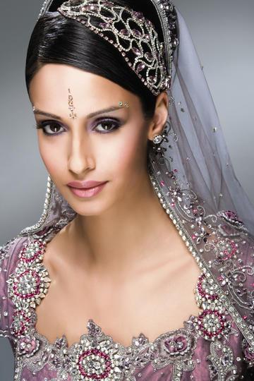 穿传统盛装华服的印度美女明星写真