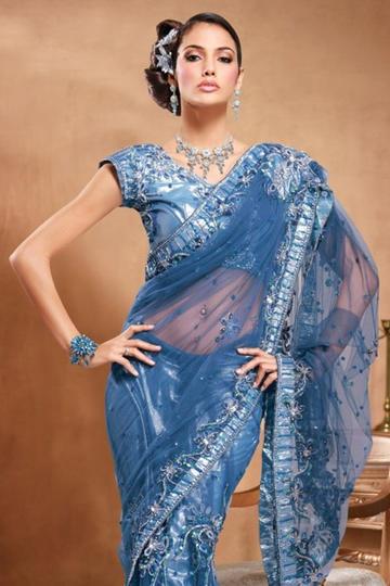穿华丽服装的印度美女图片