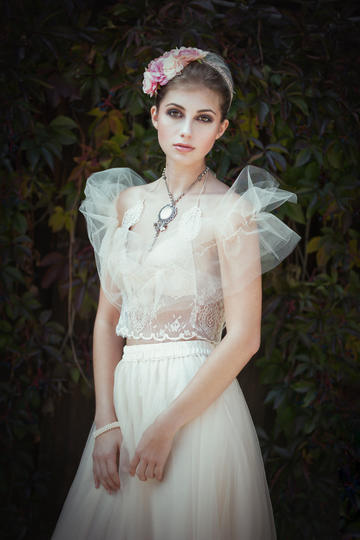 欧美清纯美女人物肖像艺术摄影图片