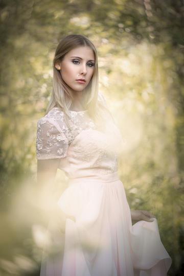 欧美气质美少女人物肖像艺术摄影图片