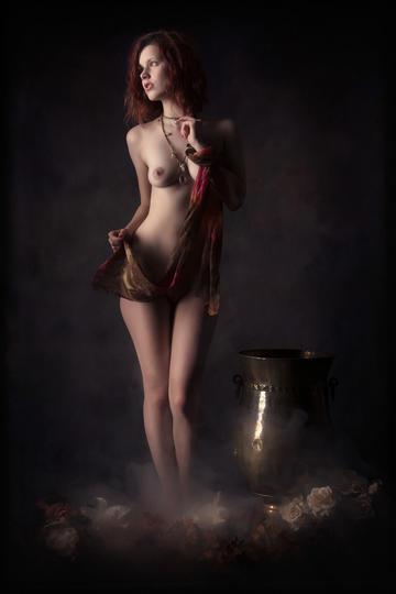 欧美古典美女人体艺术摄影图片