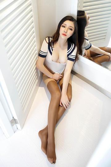 性感制服美女嫩模图片