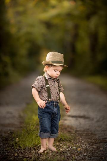 高清小男孩全身照儿童摄影