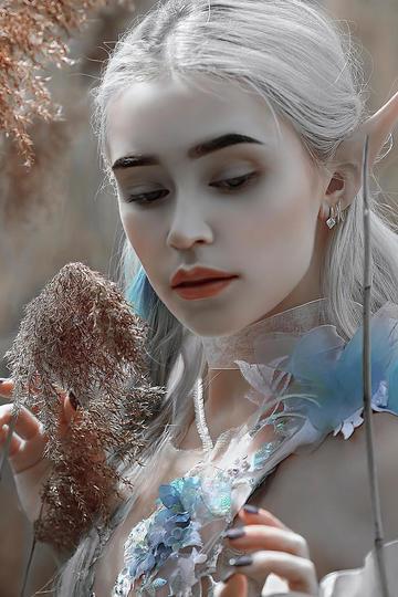 银发精灵美女艺术摄影