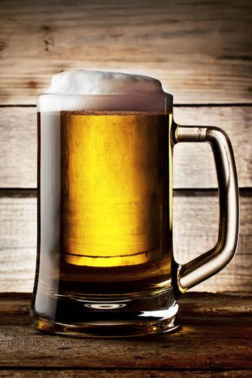 一大杯啤酒商业摄影图片
