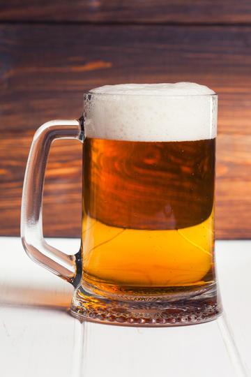 高清一大杯啤酒商业摄影