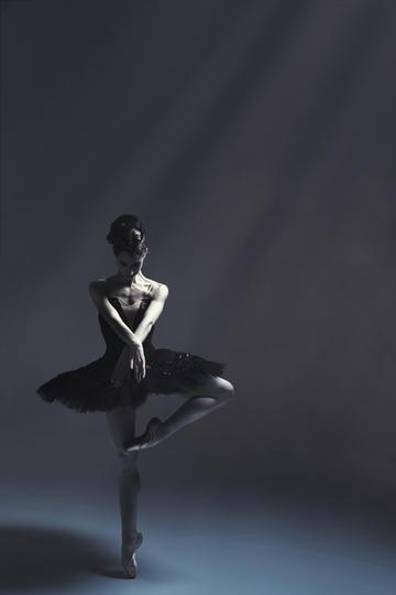 欧美女生跳舞运动摄影
