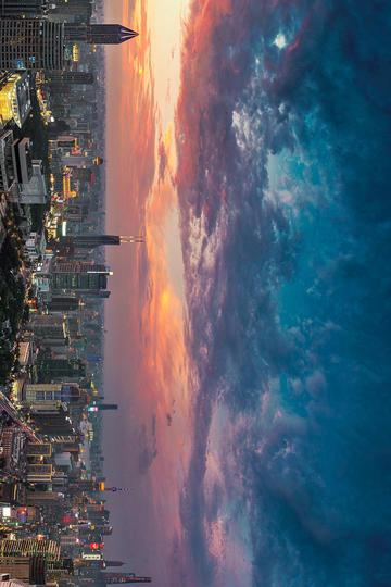 夕阳下的上海陆家嘴旅游景观图片