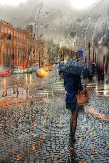 国外大雨中的街道旅游景观图片