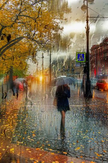 大雨中的国外街头旅游景观图片