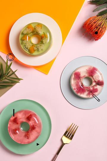鲜花水果布丁美食摄影图片