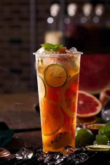 高清超级水果茶奶茶果汁摄影图片