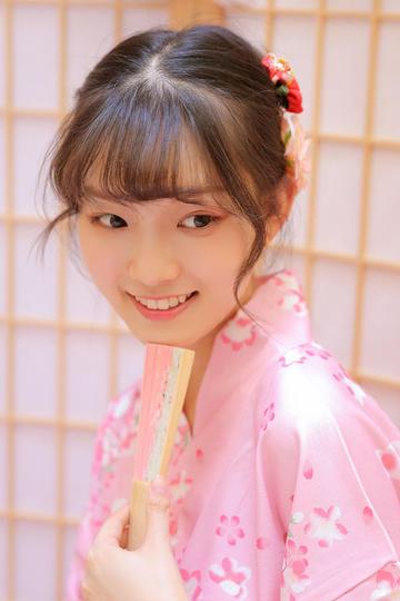 高清日本清纯和服女生特写