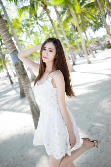 青春靓丽的清纯气质美女