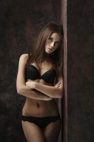 欧美气质美女模特艺术写真