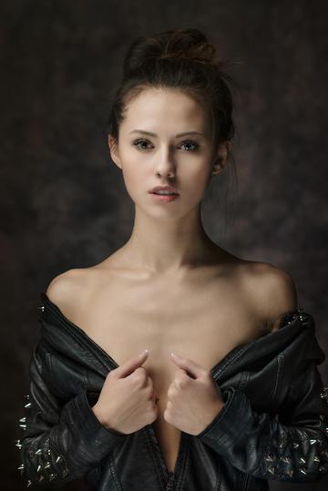 好看的美女欧美气质美女艺术写真