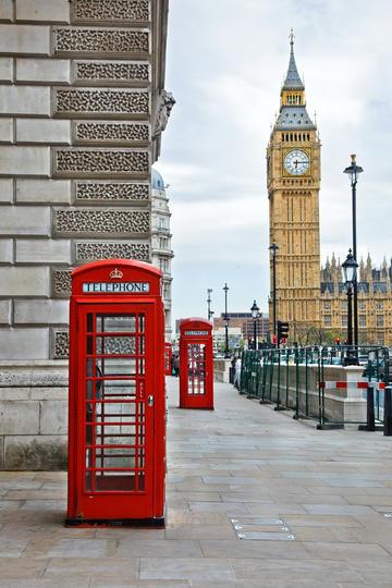 欧洲公共电话亭图片