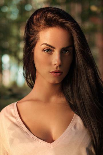 欧美性感长发美女写真