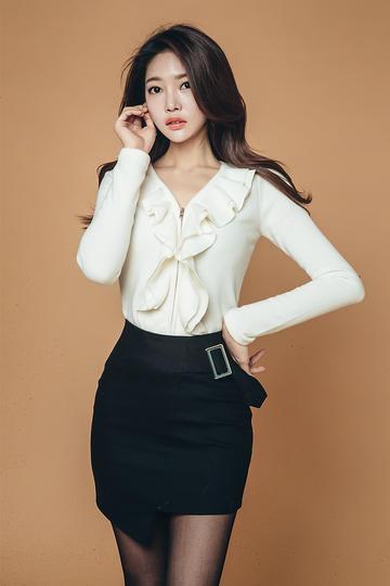 韩国性感丝袜女星朴正允写真