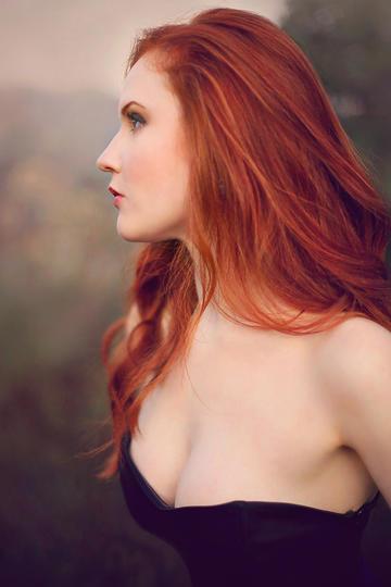 高清欧美极品大胸美女艺术写真