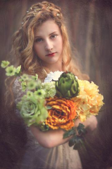 抱着花束的欧美气质美女写真
