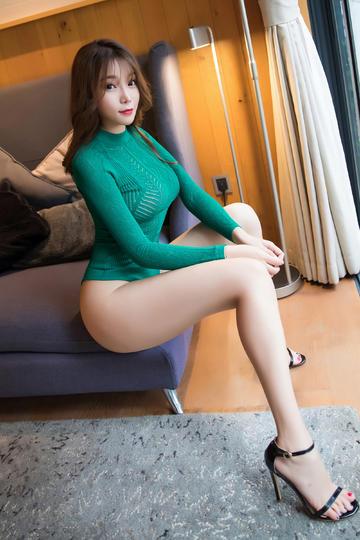 长腿气质美女写真图片