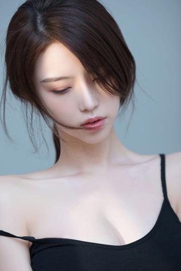 高清知性美女大图摄影图片