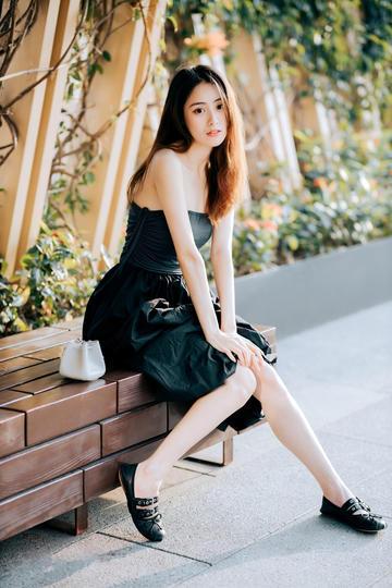 国内清纯美女模特生活照图片